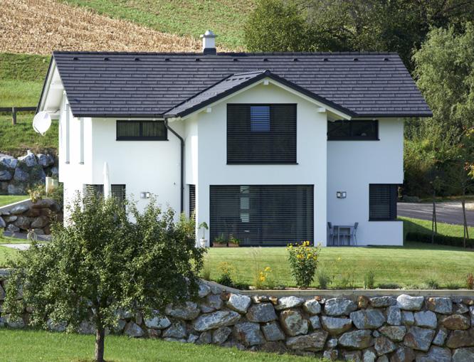 dachdeckerei peer g llersdorf dach solar fassade pv d mmung dachsteine. Black Bedroom Furniture Sets. Home Design Ideas